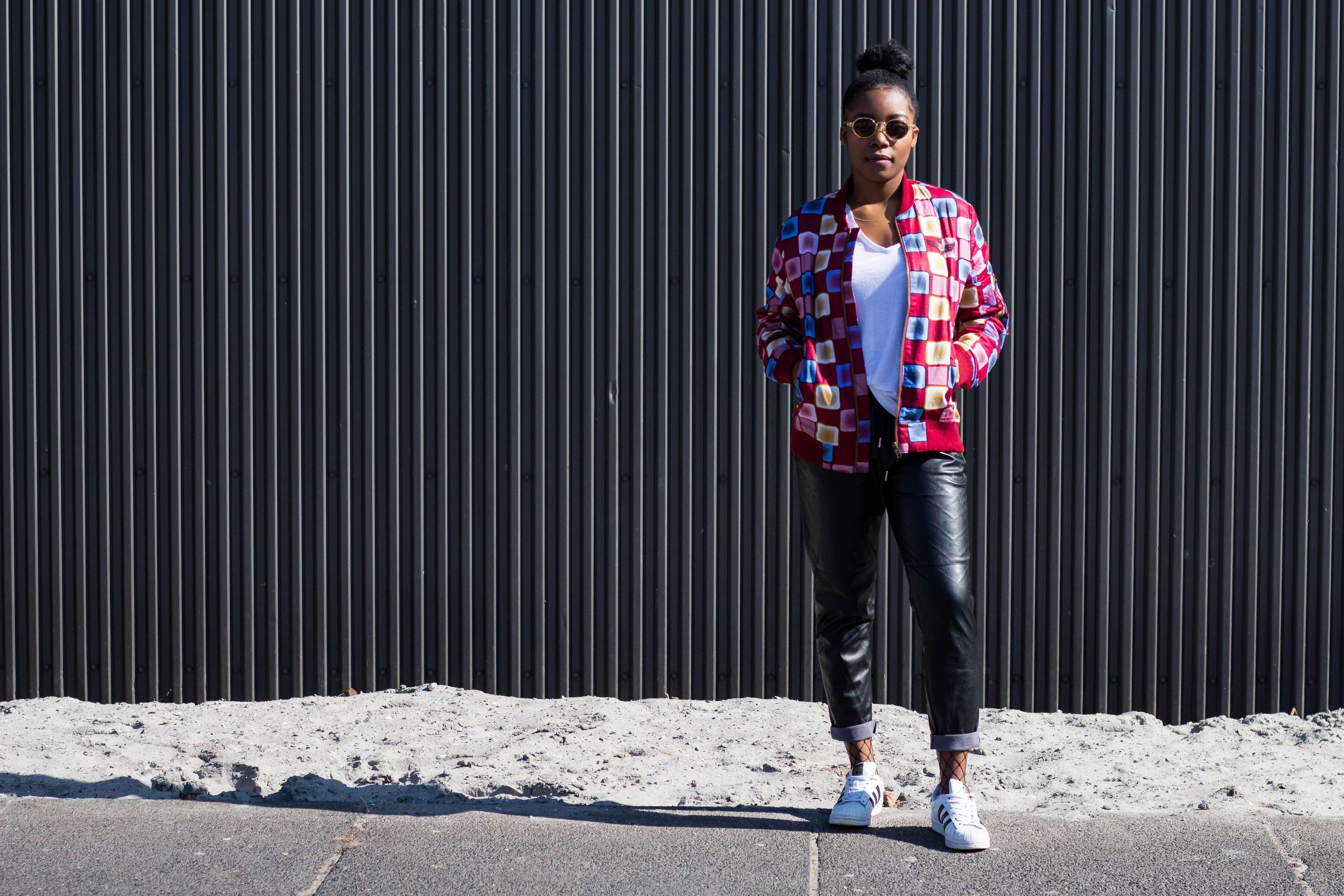 Bomber Jacke; Afrikanisches Muster; Leder Hose